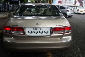 Honda Accord 2-3 VTi  MT